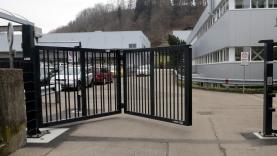 Personentüre und Faltflügeltor-BIAUS-HSB-MS-130014600000-140217-03